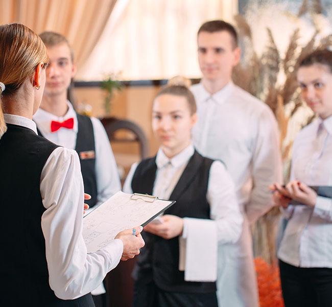 Restauran-Uniform-laundry-services