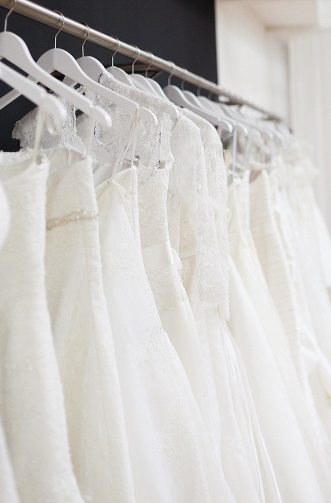 Anti Yellowing Wedding Gown Preservation